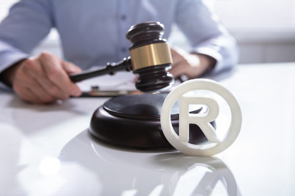 What are the benefits of registering trademarks for business?