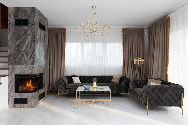 A living room that's been styled by mixing antique and modern home designs.